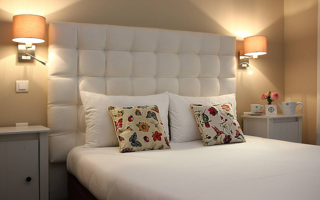 Hôtel Royan : chambre Deluxe avec terrasse privée : La villa ...